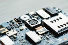 Демонтированные части цифрового крупного плана устройства сняли стоковые фото