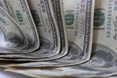 100 денег долларовых банкнот Стоковое Изображение RF