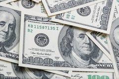 Деноминации 100 долларов изображения конца-вверх в целом Стоковое Изображение RF