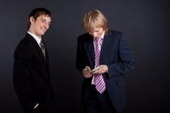 деньги бизнесменов Стоковая Фотография RF