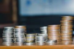 Деньги важны в жизни стоковое фото rf