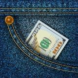 Деньги в карманн голубых джинсов Стоковые Фотографии RF