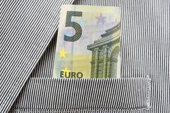 Деньги в карманн костюма Стоковые Фото