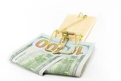 Деньги в мышеловке стоковая фотография rf