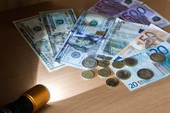 Деньги в световом луче электрододержатель при сварке дугой косвенного действия Стоковые Фотографии RF