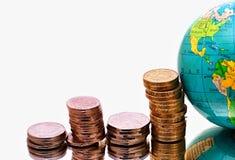 деньги глобуса принципиальной схемы bussines Стоковые Фотографии RF