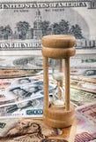 Деньги и время Стоковые Фотографии RF