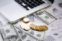 Деньги концепции финансов, диаграмма, монетка, Стоковые Фото