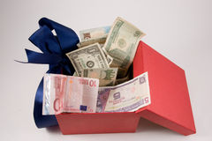 деньги коробки Стоковое фото RF