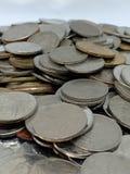 Деньги крупного плана тайских монеток ванны стоковое изображение