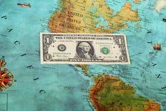 Деньги мира, карта мира, перечисление денег Стоковая Фотография