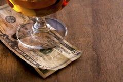 Деньги подсказки стоковые изображения rf