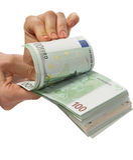 деньги рук womanish Стоковое фото RF