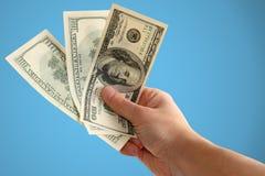 деньги удерживания руки Стоковые Фотографии RF