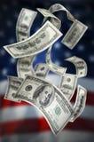 деньги 100 счетов падая Стоковое Изображение RF
