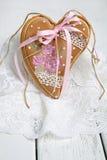 День валентинки печений пряника в форме сердц Стоковые Фото