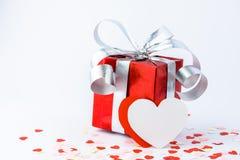 День валентинок и сердце подарочной коробки и бумаги формируют Стоковая Фотография