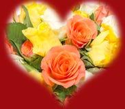 День валентинок цветет с цветками белых, оранжевых, красных и желтых роз Стоковая Фотография RF