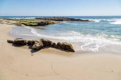 День в пляже Laguna, Калифорния стоковые фотографии rf
