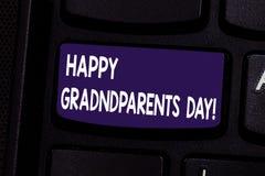 День дедов текста почерка счастливый Концепция знача национальный праздник для того чтобы отпраздновать и удостоить клавиатуру де стоковое изображение rf