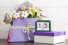 День концепции 13-ое июня кубов календаря Стоковое Изображение