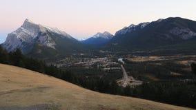 День к timelapse ночи Banff, Канады 4K акции видеоматериалы