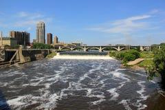 День лета солнечный в положение Миннеаполисе, Минесоте, Midwest США стоковое изображение