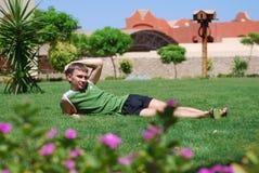 день наслаждаясь летом людей Стоковое Изображение RF