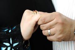 день невесты холит руки wedding Стоковая Фотография RF