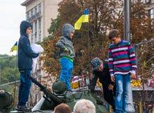 День независимости в улице Khreshchatyk в Kyiv, Украине Выставка воинского оборудования редакционо 08 24 2017 Стоковые Фото