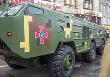 День независимости в улице Khreshchatyk в Kyiv, Украине Выставка воинского оборудования редакционо 08 24 2017 Стоковые Изображения RF