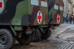 День независимости и силы обороны проходят парадом с войсками Стоковое Фото