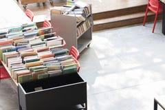 День открытия декабрь 2018 piloto pública biblioteca medellin публичной библиотеки стоковое изображение rf