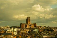 День от ландшафта собора Ливерпуля и города сверху стоковое изображение rf