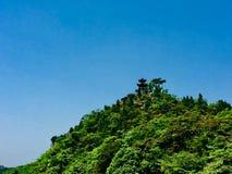 День павильона вершины холма старый весной стоковые изображения rf