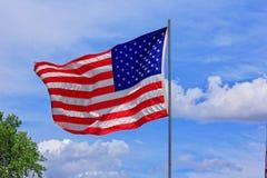 ДЕНЬ ПАМЯТИ ПОГИБШИХ В ВОЙНАХ ФЛАГА США Стоковая Фотография