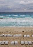 день пляжа пасмурный пустой Стоковая Фотография