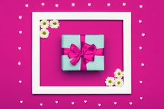 День ` s дня, валентинки счастливого ` s дня, женщин ` s матери или конфета дня рождения пастельная красят предпосылку Розовое фл стоковые изображения rf