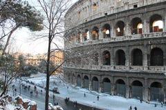 День Snowy и золота в Риме стоковое изображение rf