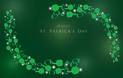 День St. Patrick с shamrocks для предпосылки Стоковое Изображение RF