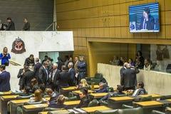 депутаты государства обсуждают законы внутри законодательная ассамблея государства Сан-Паулу стоковое изображение