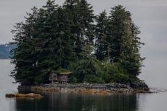 Деревенская аляскская кабина Стоковое Фото