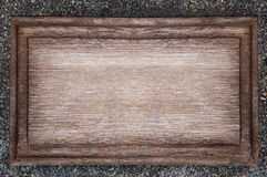 Деревенская деревянная металлическая пластинка Стоковая Фотография