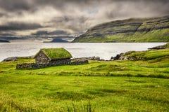 Деревенская каменная кабина на Фарерских островах, Дании Стоковые Фото