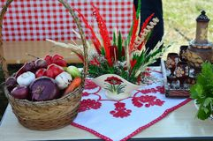 Деревенская сервировка стола на фестивале Стоковая Фотография RF