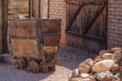 Деревенская серебряная тележка минирования Стоковые Изображения