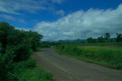 Деревенская трасса в западной Индии Стоковое фото RF