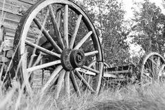 Деревенские старые колеса телеги Стоковое Изображение RF