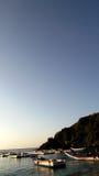 Деревенские шлюпки на побережье Стоковое Изображение