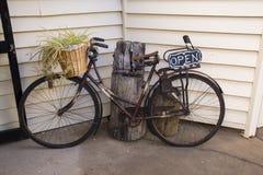 Деревенский велосипед стоковое изображение rf